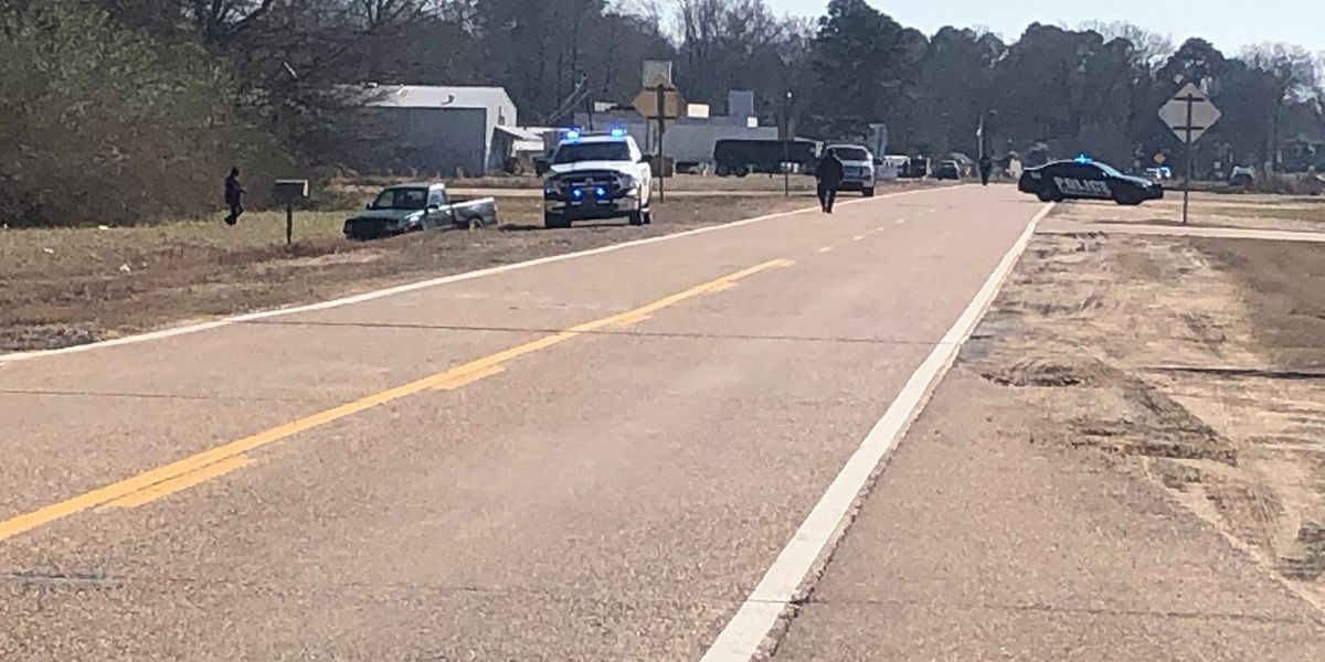 Officer, suspect shot during officer-involved shooting in Coldwater, Miss.