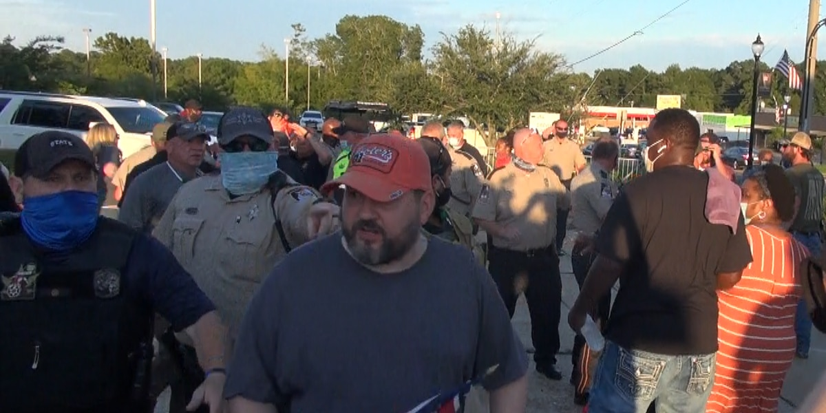 Brief fight breaks out at peaceful protest in Brandon