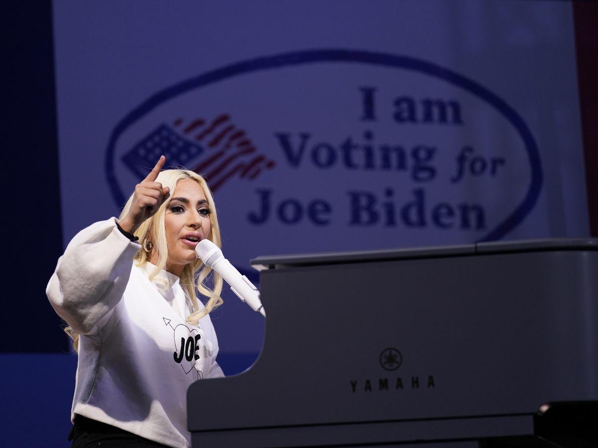 From Gaga to Garth, Miranda to Moreno: Celebs join inaugural