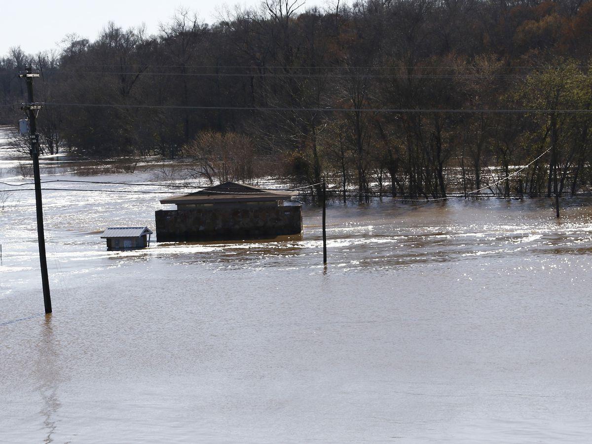 Cleanup efforts begin as Pearl River begins to recede