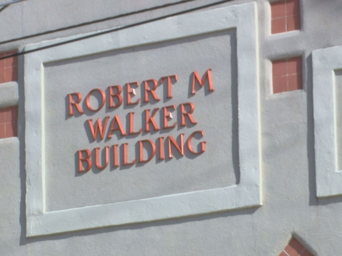 City of Vicksburg renames building to honor first African-American Mayor