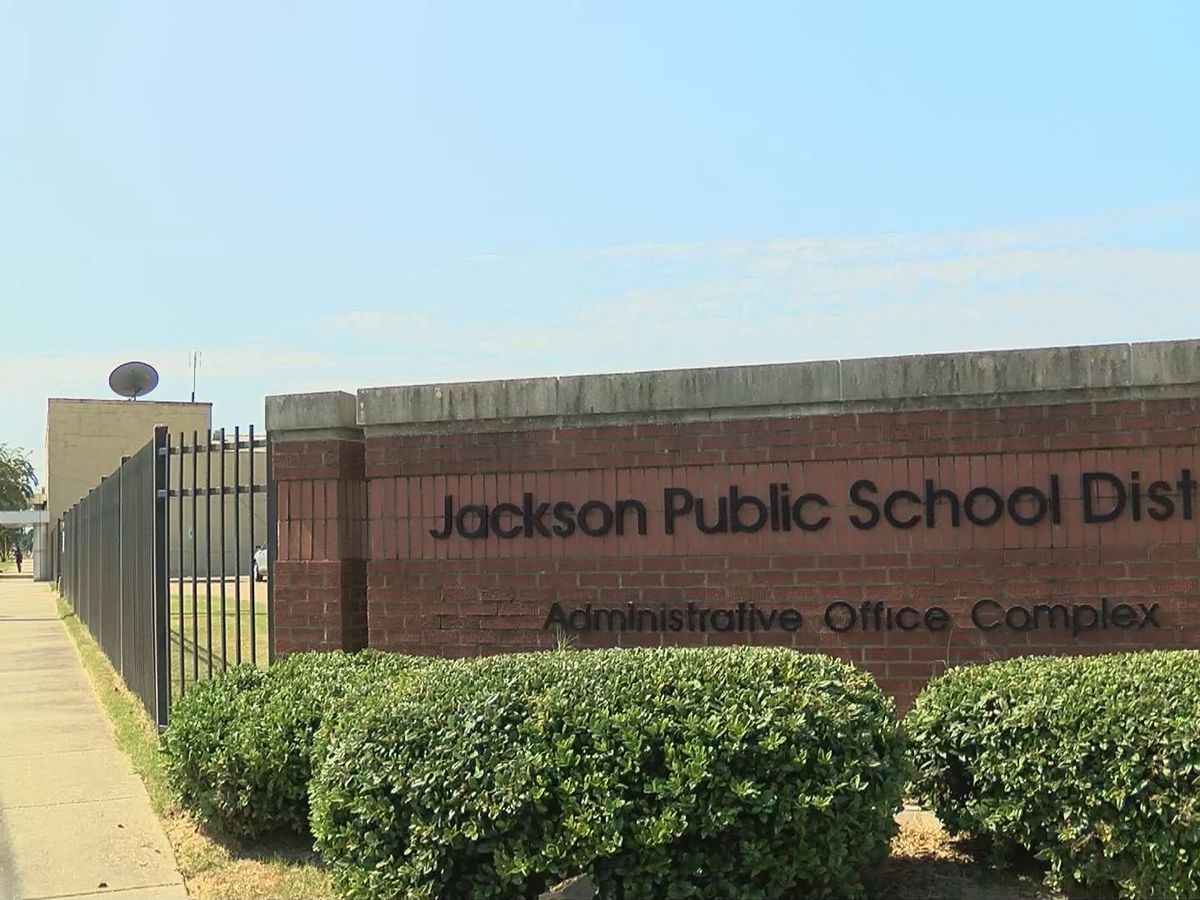 "Jackson Public School District improves in school rating, going from ""F"" to ""D"""