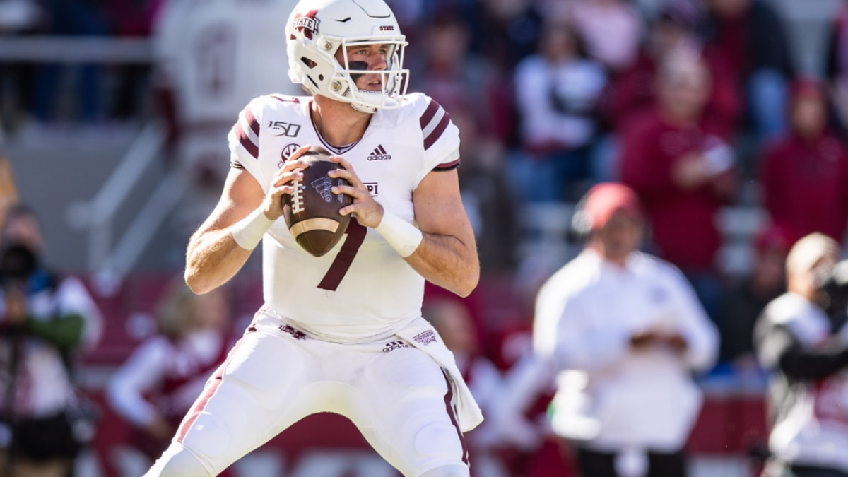 Saints trade into the 7th-Round to select Miss. St. QB Tommy Stevens